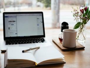 questionnaire ou étude pour trouver des clients en freelance digital
